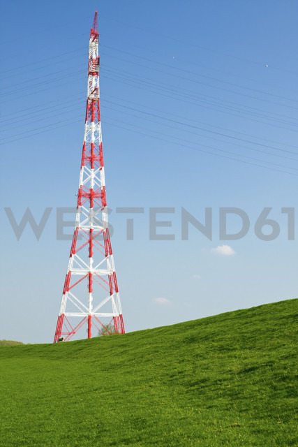 Germany, Schleswig-Holstein, Hetlingen, Electricity pylon - KRPF000969