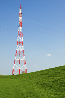 Germany, Schleswig-Holstein, Hetlingen, Electricity pylon - KRPF000969