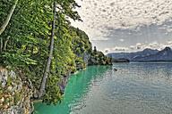 Austria, Salzkammergut, Salzburg State, Sankt Gilgen, View to Wolfgangsee Lake - SIEF005764