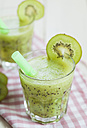 Kiwi spritzer with apple cider - SBDF001197