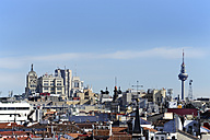 Spain, Madrid, view from the Almudena Cathedral looking east - MIZ000625