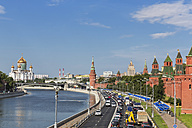 Russia, Moscow, street, Cathedral of Christ the Saviour, Kremlin Wall and Moskva River - FOF006732