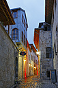 Turkey, Gaziantep, alley in old town in the evening - SIE005822