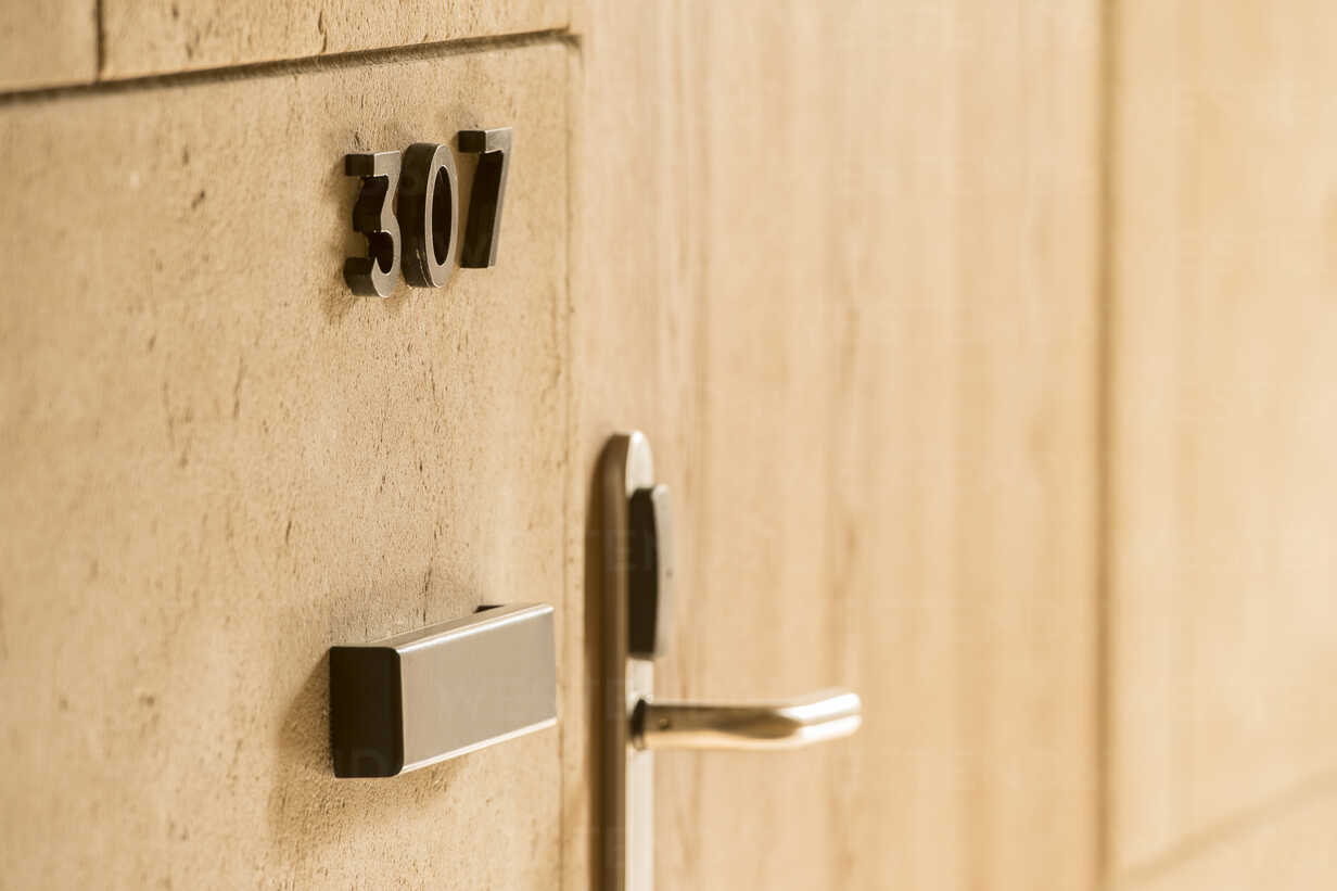 Morocco, Fes, room number and door knob in a hotel – Stockphoto