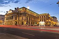 Austria, Vienna, view to state opera house at twilight - EJWF000574
