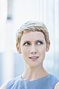 Portrait of blond woman - TCF004313