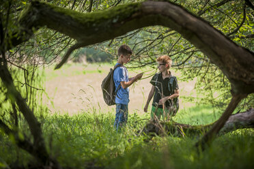 Two boys spending their time in nature - PAF000868
