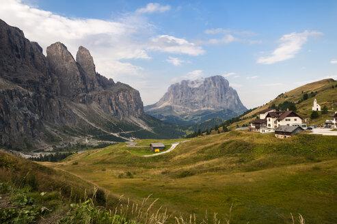 Italy, South Tyrol, Dolomites, Passo Gardena - RJF000258