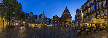 Germany, Bavaria, Hildesheim, Market place in the evening, Panorama - PVCF000105