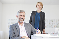 Two colleagues in an office - RBF001860