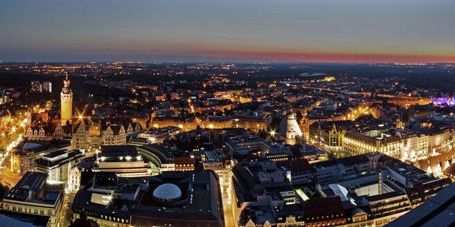 Germany, Saxony, Leipzig, City center at sunset - MELF000016