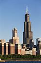 USA, Illinois, Chicago, Willis Tower and Lake Michigan - FO007221