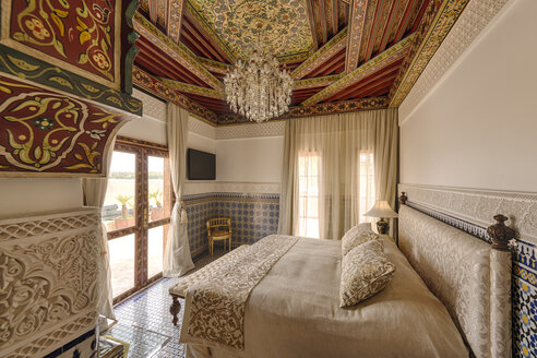 Morocco, Fes, Hotel Riad Fes, hotel suite - KMF001467
