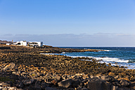 Spain, Canary Islands, Lanzarote, Costa Teguise, El Orinete, House at the coast - AMF002798
