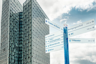 Germany, Hamburg, signpost in front of Dancing Towers - CSTF000408