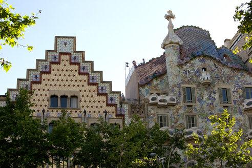Spain, Catalonia, Barcelona, Casa Amatller and Casa Batllo - YR000055