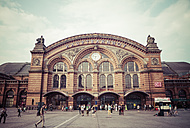 Germany, Bremen, central station - KRP001074