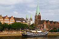 Germany, Bremen, river Weser and old town with Bremen Cathedral and St. Martin's Church - KRPF001094