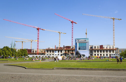 Germany, Berlin, cranes and buildings under construction on Museum Island - PS000631