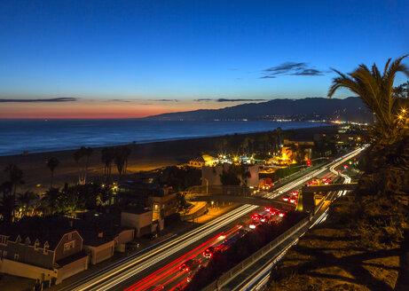 USA, California, Pacific Coast Highway in Santa Monica - JLRF000002