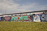 Germany, Berlin, Friedrichshain, view to East Side Gallery - WI001029