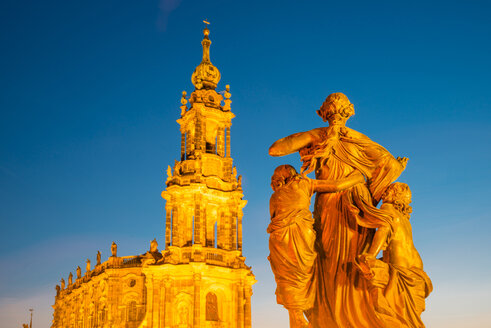 Germany, Saxony, Dresden, Katholische Hofkirche and group of figures - WGF000453