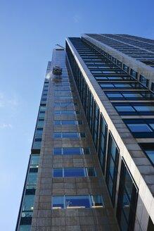 Skyscraper windows being cleaned - HAWF000462