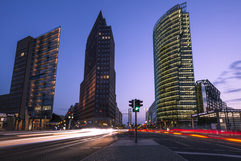 Germany, Berlin, Berlin-Mitte, Potsdam Square, Bahntower and road traffic in the evening - ZMF000339