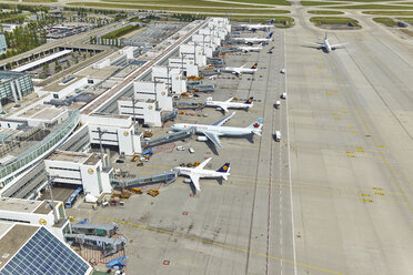 Germany, Bavaria, Munich, aerial view of planes at Munich airport - KD000012