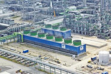 Germany, Bavaria, Burghausen, aerial view of oil refinery - KD000025