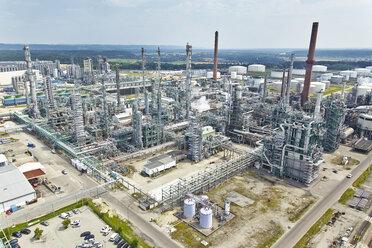 Germany, Bavaria, Burghausen, aerial view of oil refinery - KD000028