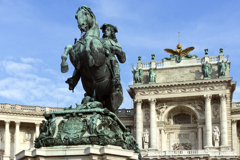 Austria, Vienna, view to lighted Hofburg Palace and Equeatrian Sculpture Prince Eugen in the foreground - WEF000233