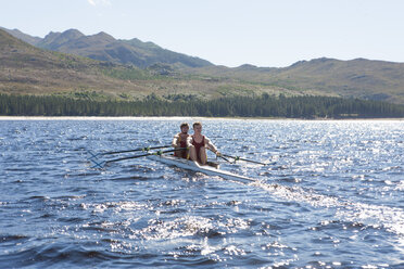 Double scull rowing boat in water - ZEF000470