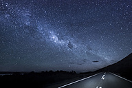 New Zealand, South Island, starry sky, milkyway at Lake Pukaki by night - WVF000651