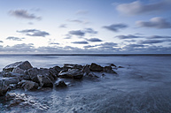 New Zealand, South Island, Hokitika, sundown at ocean - WV000721