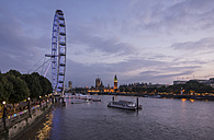 United Kingdom, England, London, River Thames, London Eye, Big Ben and Palace of Westminster in the evening light - PA000932