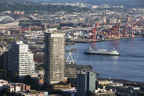 USA, Washington State, Seattle, Harbour and ferry - FOF007122