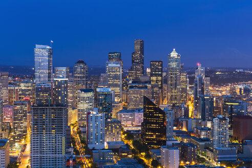USA, Washington State, Seattle, Cityscape, Blue hour - FOF007130