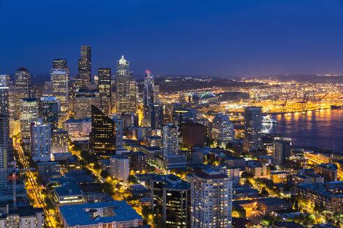 USA, Washington State, Seattle, Cityscape, Blue hour - FOF007131
