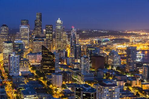 USA, Washington State, Seattle, Cityscape, Blue hour - FOF007132