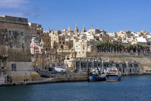Malta, Valletta, cityscape seen from Grand Harbour - WEF000252