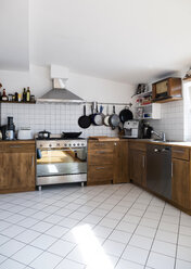 Kitchen in a penthouse flat - TK000382