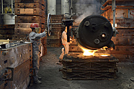Casting of steel in a foundry - SCH000427