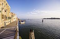 Italy, Veneto, Venice, Cannaregio, Waterfront promenade - THAF000608