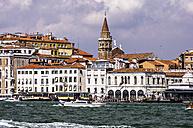 Italy, Veneto, Venice, Giudecca, Houses by the canal - THAF000682