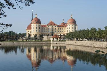 Germany, Saxony, Dresden, Moritzburg, View to Moritzburg Castle - MJ001352