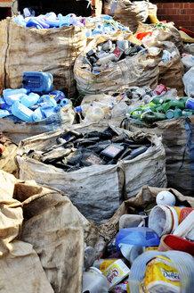 Brazil, Ceilandia, sacks of separeted plastic waste at recycling yard - FLK000483