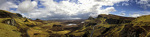 UK, Scotland, Isle of Skye, Quiraing - DLF000024