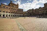 Italy, Tuscany, Siena, Piazza del Campo - MYF000591