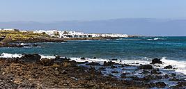 Spain, Canary Islands, Lanzarote, Punta de la Vela, Fishing village Arrieta, Panorama - AMF002960